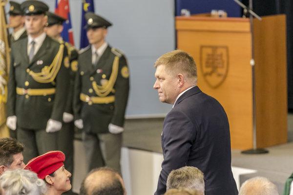 Predseda vlády SR Robert Fico počas slávnostného zhromaždenia pri príležitosti 25. výročia Akadémie policajného zboru v Bratislave.
