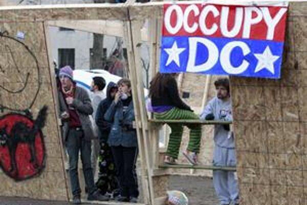 Nasrdení Američania chcú okupovať Washington.