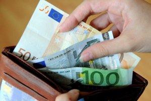 Kysučanke hrozí za krádež peňaženky dvojročné väzenie.