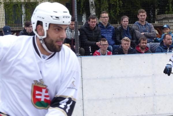 Autor druhého gólu Hokejmarket Skalica Martin Daniel.