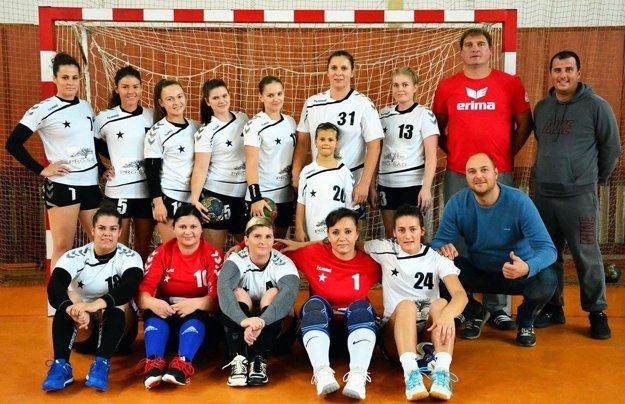 Hádzanárky Serede s prehľadom vyhrali prvé štyri zápasy v druhej lige.