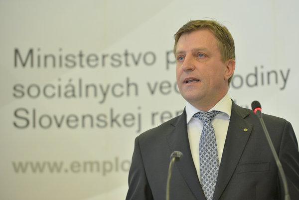 Andrej Gmitter. Dlhé roky šéfoval inšpektorátu, dnes kandiduje na župana.