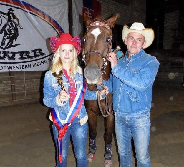Michaela Makyšová s trénerom Alexanderom Majerom.