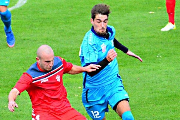 Dva góly Šimona Hercega znamenali víťazstvo Šale v Beluši.
