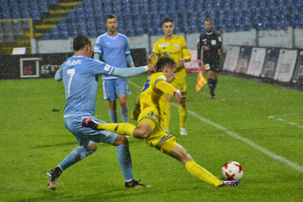 Martin Kolesár (v žltom).