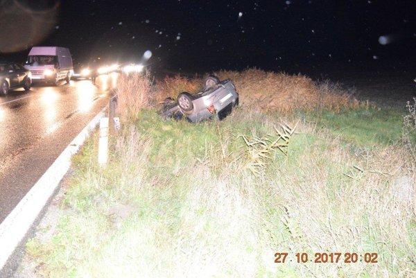 Takto skončilo auto 59-ročného obyvateľa Svinnej po nehode.