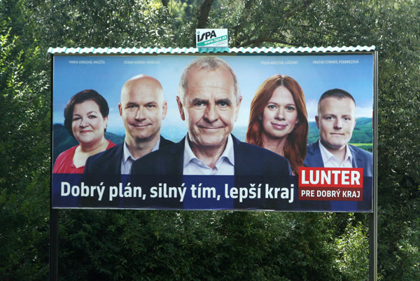 Reklamný billboard kandidáta na predsedu BBSK Jána Luntera.