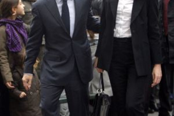 Parížsky bizarný zákon porušovala aj prvá dáma Carla Bruniová-Sarkozyová