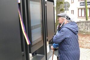 Informačné interaktívne tabule na Národnom cintoríne v Martine.