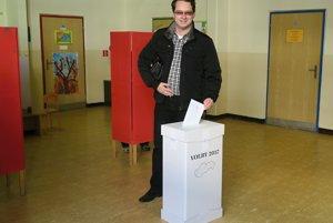 Voľby má za sebou aj Anton Martvoň, kandidát na predsedu ŽSK. Volil v Dolnom Kubíne
