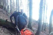 Horskí záchranári vyniesli turistu z rokliny.