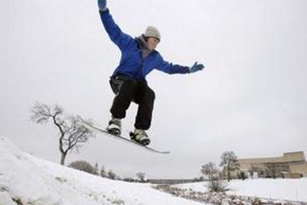 Takto sa v Dallase bavia na snowboardoch.