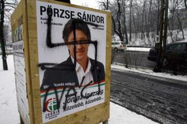 Predvolebný plagát extrémistického Jobbiku.
