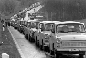 Počas 34 rokov sa vyrobilo viac ako tri milióny trabantov. Vyvážali sa do všetkých vtedajších socialistických krajín vrátane vtedajšieho Československa, do ktorého sa priviezlo viac ako 130.000 kusov.