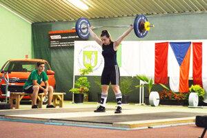 Eliška Fernezová prvýkrát súťažila na ME medzi juniorkami do 20 rokov.
