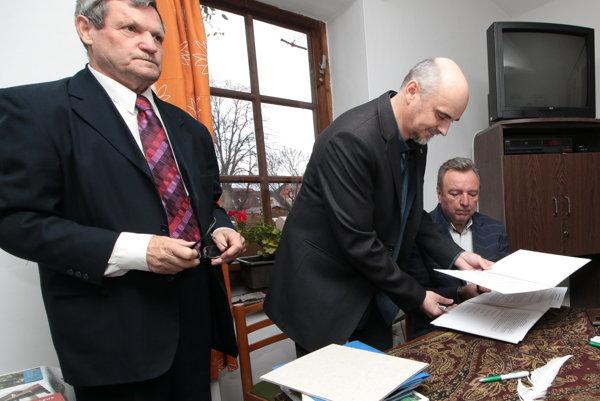 Štefan Packa, Jaroslav Hric a Ján Blcháč.
