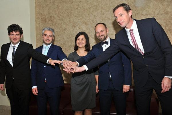Mikuláš Krippel, Rastislav Trnka, Erika Jurinová, Jozef Viskupič a Milan Majerský.