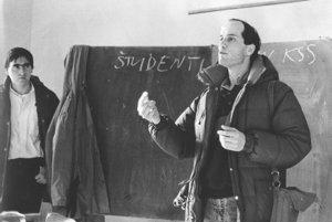 Študenti prišli objasniť svoje ciele aj pedagógom. Na snímke zľava študentskí lídri Daniel Bútora a Svetoslav Bombík.