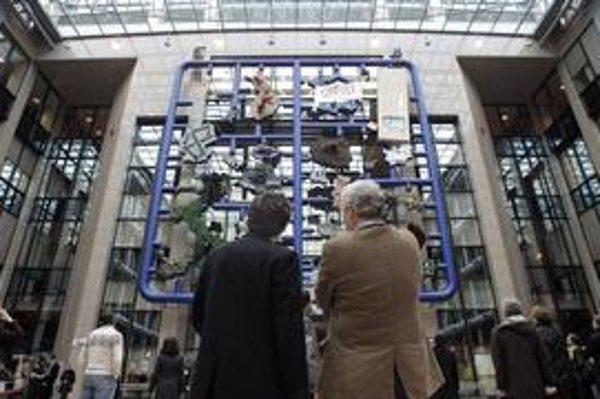 Ikea, turecký záchod, štrajk, Dracula a atómka – takto vidí  David Ćerný Európu.
