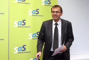 Medzi zažalovanými je aj Ľubomír Galko zo SaS.