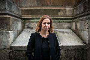 Anna Neistat je ruská právnička a ľudskoprávna aktivistka. Je riaditeľkou Amnesty International pre oblasť výskumu a doteraz sa zúčastnila viac než šesťdesiatich výskumných misií v konfliktných oblastiach na celom svete vrátane Sýrie, Afganistanu, Pakistanu, Číny, Zimbabwe, Nepálu, Kene, Jemenu, Čečenska, Srí Lanky a Haiti.
