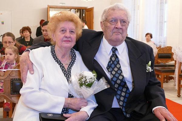 Jarmila a Milan Šmárikovci svoji už šesťdesiat rokov.
