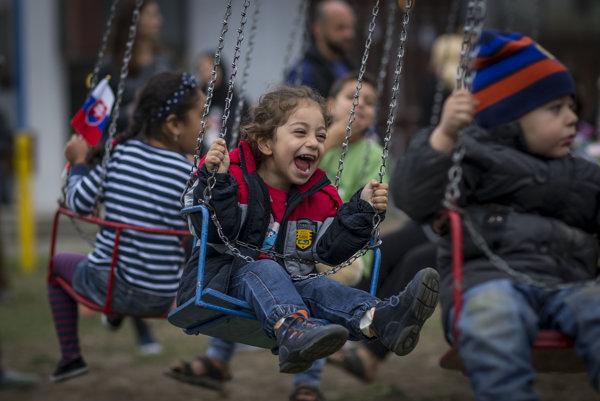 Mladí sa prikláňajú k extrémizmu aj zo strachu z utečencov. V Gabčíkove ich bolo v čase utečeneckej krízy len niekoľko stoviek.