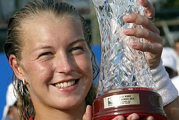 Herieta Nagyová s vázou pre víťazku