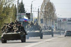 Transportéry v Kramatorsku.