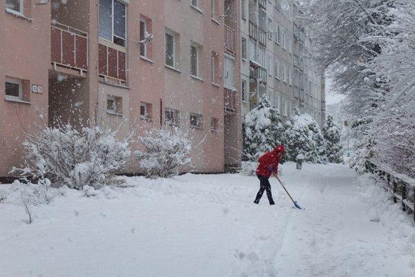 Sneh spôsobuje problémy.