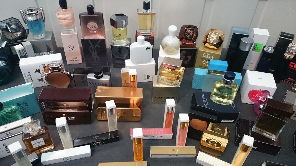 Išlo o vzhľadovo kvalitne vyrobené napodobeniny parfumov neoprávnene  označených chránenými značkami ako Dior 0c1d7be7f09