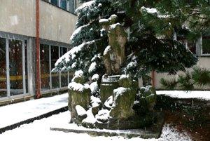 Originál súsošia, ktorý sa má renovovať, je umiestnený vátriu Slovenskej národnej knižnice vMartine.