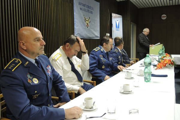 Členom zväzu je aj prvý slovenský kozmonaut Ivan Bella.