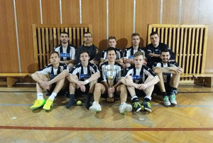 Dorastenci OFK Veľký Lapáš zvíťazili na turnaji v Zlatých Moravciach.