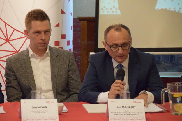 Zľava: Lászlo Ivan, generálny riaditeľ Arriva Slovensko a Ján Majerský, člen Prezídia Zväzu stavebných podnikateľov SR, generálny riaditeľ Proma s.r.o.