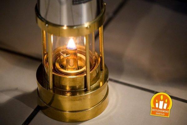 Od stredy si budú môcť Prešovčania do svojich domovov odnášať aj Betlehemské svetlo.