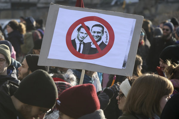 Protest proti novej rakúskej vláde.