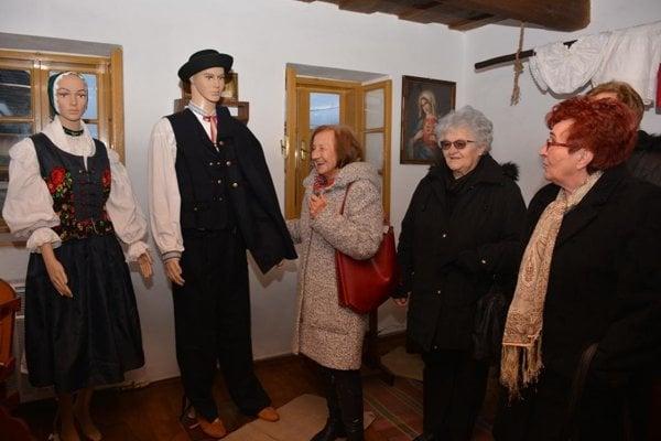 V Dolných Vesteniciach otvorili Dom ľudových tradícií.