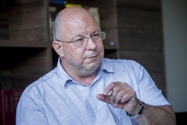 O konci investigatívnej relácie Reportéri rozhodol šéf RTVS Jaroslav Rezník