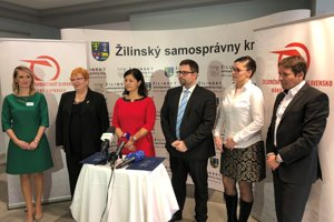 Podpisom memoranda medzi ZSSK a ŽSK začala na Slovensku spolupráca v oblasti odborného a celoživotného vzdelávania.