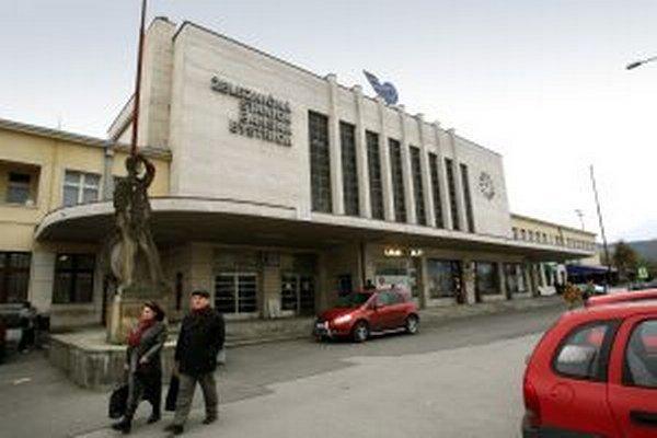 Obnova železničnej stanice zatiaľ nehrozí