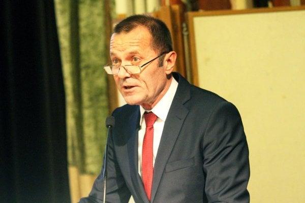 Po dvoch rokoch sa na čelo ZsFZ vrátil Ladislav Gádoši.
