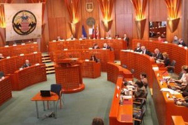 O primátorovi a novom zložení zastupiteľstva rozhodneme 15. novembra
