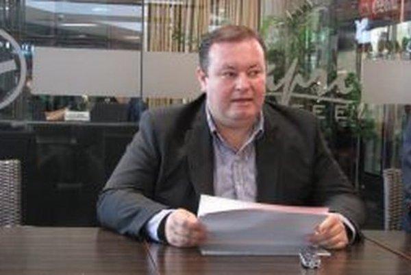 Kandidát na primátora Štefan Hrčka dnes predstavil svoje priority pre Banskú Bystricu.