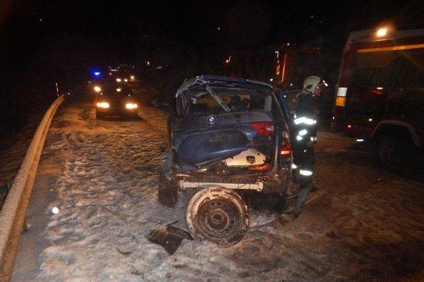 Nehoda sa stala pri obci Lieskovec.