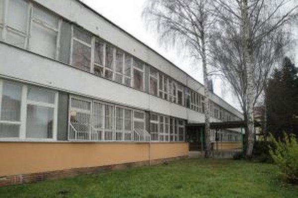 Škola vlastnú kotolňu má.