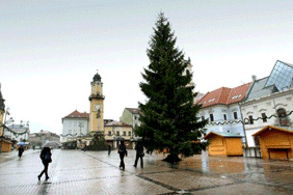 Centrum Banskej Bystrice už dýcha Vianocami.