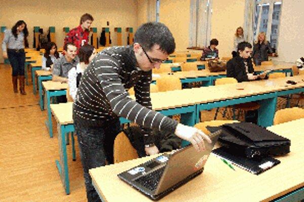 Vládu nad Banskou Bystricou symbolicky prevezmú na tri dni študenti