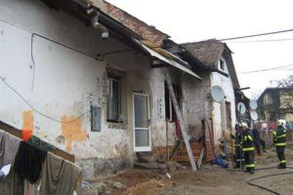 Breznianski hasiči ráno zasahovali v Hálnach.