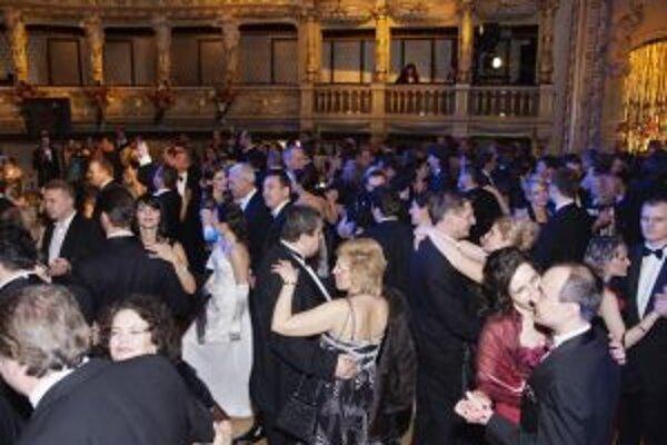 Plesovej sezóny by sme si mali v tomto roku užiť do sýtosti, obodbie veselosti ukončí až 9. marec